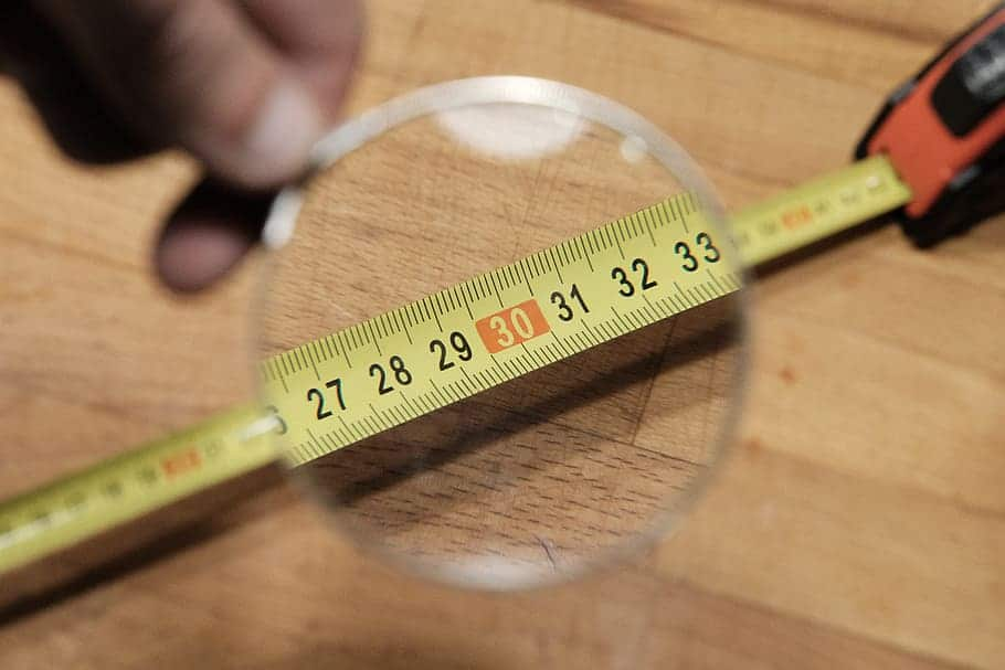 A perfect way to measure the healthy waistline